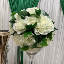 35cm Greenery Kissing Ball - Ivory