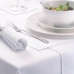 "90""x132"" White Rectangular Table Cloths"